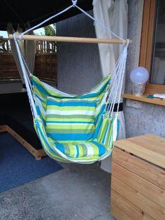 Schöner Wohnen und Entspannen im bunten Hängesessel blau türkis grün ...