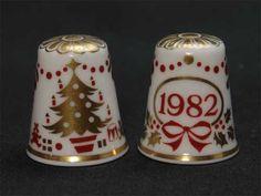 クリスマス1982年(Christmas 1982) クリスマスツリー希少なシンブル(指貫き)スポード(SPODE) イヤーズ・シンブル 【送料無料】|ROOM - my favorites, my shop 好きなモノを集めてお店を作る