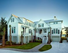 South Carolina Beach House. I love the coastal interiors in this Beach House. #BeachHouse #Coastal #Interiors