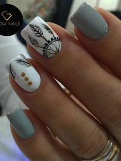 Nail art Christmas - the festive spirit on the nails. Over 70 creative ideas and tutorials - My Nails Hair And Nails, My Nails, Feather Nails, Feather Nail Designs, Tribal Nail Designs, Glow Nails, Tribal Nails, Chevron Nails, Dream Nails