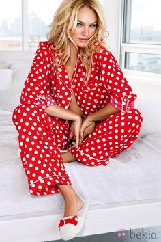 Victoria Secret flannel pajamas Print is shown in photo. Also matching eye mask. Never worn Victoria's Secret Intimates & Sleepwear Pajamas Pijamas Victoria Secrets, Victoria Secret Pyjamas, Pajamas All Day, Flannel Pajamas, Cozy Pajamas, Pyjama Pilou, Mode Tartan, Pijamas Women, Cute Pjs
