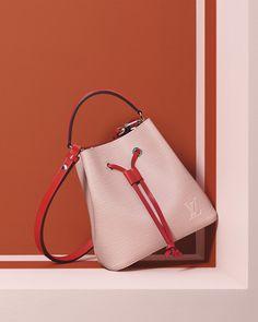 48915312d80c Louis Vuitton NeoNoe BB Epi leather bag | ONLINE EXCLUSIVE | LOUIS VUITTON ®