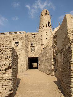 Minaret of Nasr el-Din/Qasr Dakhla, Dakhla Oasis, Egypt.