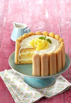 Köstliche Apfel-Gin-Torte: http://www.gofeminin.de/kochen-backen/geburtstagskuchen-rezepte-d54781c623138.html  #torte
