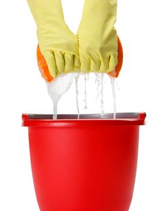 Spring Cleaning: Natural Cleaning Solutions for the Bathroom What you Need: 3/4 rounded cup baking soda 1/4 cup liquid castile soap 1 tablespoon water 1 tablespoon vinegar 5-10 drops dōTERRA Lemon essential oil