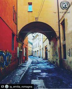 TemporaryRepost grazie a @ig_emilia_romagna per avermi incluso nella loro bella gallery #bologna  08/02/2017  Bologna  present I G O F T H E D A Y  P H O T O  @n2r_outdoor F R O M  @ig_emilia_romagna L O C A L M A N A G E R  @gio_vanni_phone S E L E C T E D  @gio_vanni_phone F E A U T U R E D T A G  #ig_emilia_romagna  M A I L igworldclub@gmail.com  S O C I A L  Facebook  Twitter Snapchat M E M B E R S  @igworldclub_officialaccount @igworldclub_thematic  C O U N T R Y R E Q U I R E D  If you…
