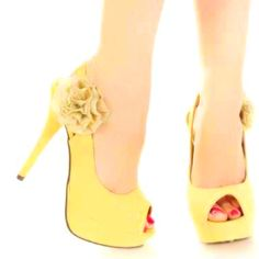 Normally not a fan of yellow but I love these.
