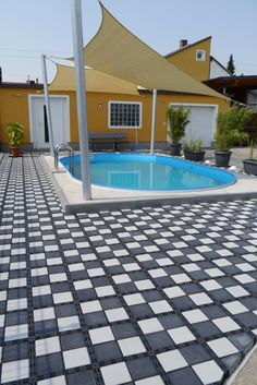Ecoraster Bloxx permeable pavement system