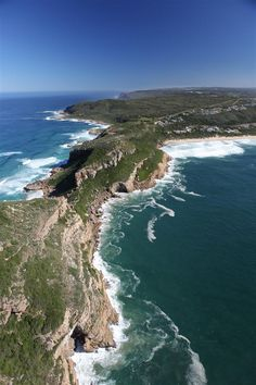Whale Rock Ridge Gentlemen Estates - Plettenberg Bay: Capeco's unique plots at the entrance of Robberg, with stunning views over Plett, De Vlei and it's beaches. Beaches In The World, Places Around The World, Around The Worlds, Africa Destinations, Travel Destinations, Places To Travel, Places To Go, All About Africa, Namibia