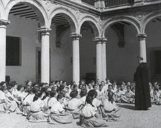 Spain - 1936-39. - GC - Clase religion_mujeres franquismo
