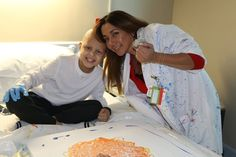 An interview with Nicklaus Children's 2015 volunteer of the year, painter Diana De Los Rios | Nicklaus Children's Hospital