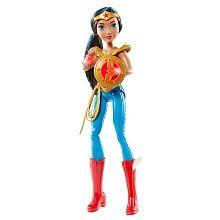 ¡Wonder Woman lista para la acción!