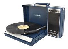 Crosley Spinnerette Portable USB Turntable with Software for Ripping and Editing Audio, Blue Usb Turntable, Turntable Record Player, Record Players, Radios, Ipod, Estilo Retro, Usb Hub, Dot And Bo, Cool Tones