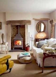 Country Cottage Living Room Furniture Inspirational Steps to Creating A Country Cottage Style Living Room Country Cottage Living Room, Style Cottage, Country Cottages, Cottage Design, Cozy Cottage, Cottage Homes, Small Living Rooms, Living Room Designs, Living Area
