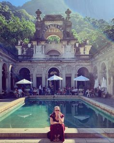Top 10 tips for travelling to Rio - Hooray Weddings Brazil Travel, Tropical Beaches, Love And Lust, Old Buildings, Holiday Destinations, Strand, Taj Mahal, Rio Brazil, Hiking
