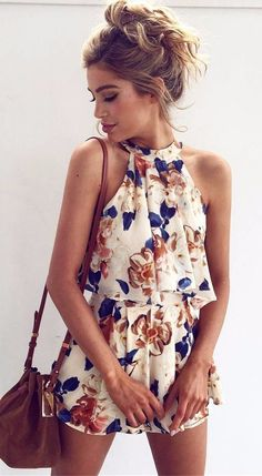 Take a look at the best summer outfits for skinny girls in the photos below and get ideas for your outfits! / Sleeveless Striped Top + Black Skinny Pants Image source Cute Summer Outfits For Teens 56 Image… Continue Reading → Floral Playsuit, Boho Romper, Romper Dress, Floral Jumpsuit, Beach Playsuit, Ruffle Jumpsuit, Floral Shorts, Boho Summer Outfits, Spring Summer Fashion