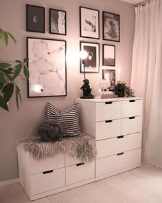 Simple Small Bedroom Storage Ideas and Wall Storage Inspiration - Bed Room Home Bedroom, Bedroom Decor, Bedroom Ideas, Lights Bedroom, Bedroom Wall, Cute Room Decor, Wall Decor, Dream Rooms, New Room
