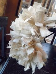 How to make a hand tied burlap wreath