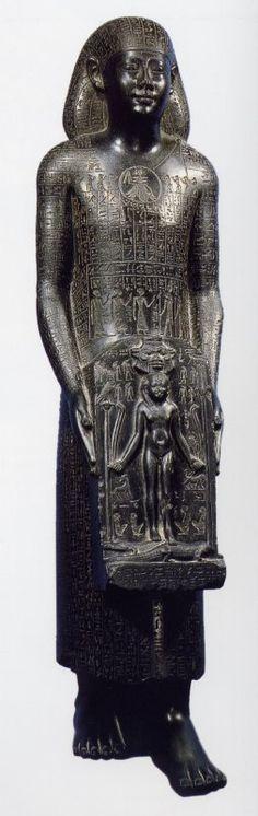 estatuas estelóforas (personaje con estela)