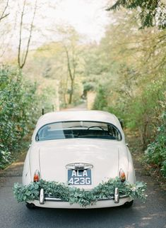 Styled by Wedding Sparrow. Vintage Car from Bygone Drives. Wedding Ceremony Flowers, Spring Wedding Flowers, Wedding Reception, Wedding Trends, Wedding Blog, Wedding Cars, Wedding Ideas, Wedding Stuff, Wedding Decorations