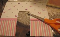 How to put wallpaper in your dollhouse