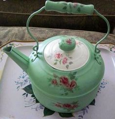 Old Teapot. Pretty.....