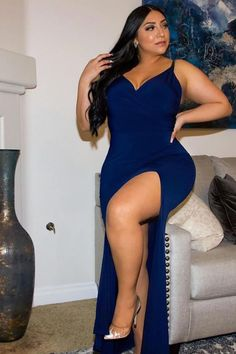 Thick Girls Outfits, Curvy Girl Outfits, Thick Girl Fashion, Curvy Women Fashion, Rompers Women, Jumpsuits For Women, High Street Dresses, Athletic Hairstyles, Vestidos