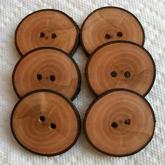 big wood buttons!  i got some, but i'll need some more reeeeal soon!