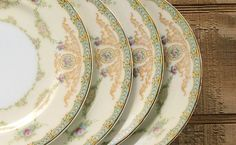 Meito Trianon Small Plates Set of 4 Bread and Butter Plates