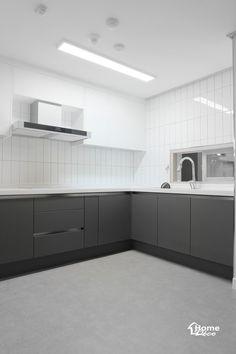 공주시 인테리어 신관동 현대홈타운 힐스데이트 34평 아파트 리모델링 안녕하세요 홈데코 인테리어입니다 ... Home Decor Kitchen, Interior Design Kitchen, Two Tone Kitchen Cabinets, Interior Design And Construction, Indian Kitchen, House Design, Small Kitchens, Houses, Room Kitchen