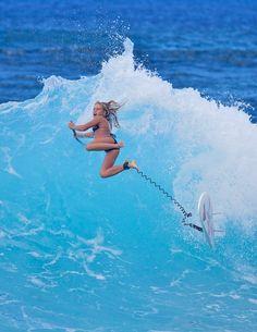Vanina Walsh  # SUP #Stand Up Paddle surfing # Makaha # Hawaii