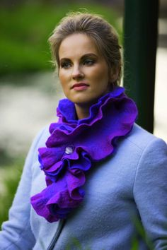 Scarves, shawls, wraps for women. All handmade from finest wools and silk. Neck Piece, Online Fashion Stores, Wool, Silk, Gallery, Handmade, Collection, Design, Hand Made