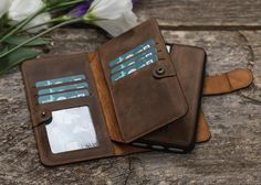 www.bouletta.com #bouletta #leather #leathercraft #genuineleather #craftmanship #leathergoods #handmade #apple #samsung #iphone #iphonecase #applewatchband #applewatchstrap #fashion #instafashion #trend #style #luxury #picoftheday #instadaily #instagood #beautiful #followme #follow #photooftheday #instamood #designer #bestoftheday www.bouletta.com
