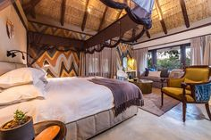 For intimate game lodge accommodation in South Africa choose Sabi Sabi's Little Bush Camp a luxurious yet friendly safari lodge for family ,friends or small groups. Safari Bedroom, Safari Holidays, Game Lodge, Round House, Lodges, South Africa, Romantic Beds, Bedroom Romantic, Living Spaces