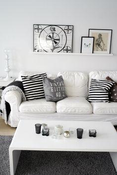 Our livingroom in black and white www.joannahansen.com