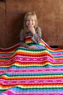Rainbow and Hearts Blanket || Free Pattern