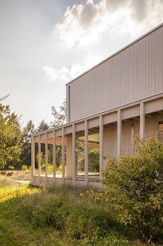 Gallery of House at Lake Biel / Markus Schietsch Architekten - 2