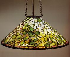 Explore die26h's photos on Flickr. die26h has uploaded 156 photos to Flickr. Stained Glass Lamps, Stained Glass Patterns, Leaded Glass, Stained Glass Windows, Tiffany Lamp Shade, Chandelier Pendant Lights, Crystal Chandeliers, Glass Design, Design Design