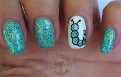 Caterpillar by daysofnailartnl Nail Art Gallery nailartgallery.na by Nails - . - Caterpillar from daysofnailartnl Nail Art Gallery nailartgallery.na by Nails – Caterpillar by day - Pretty Nail Art, Cool Nail Art, Get Nails, Love Nails, Galeries D'art D'ongles, Nail Art Designs, Jolie Nail Art, Nail Art Photos, Spring Nail Trends