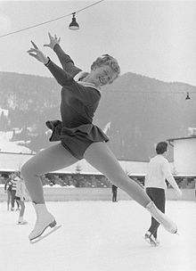 Sjoukje Rosalinde Dijkstra is a Dutch figure skater. She is the 1964 Olympic champion in ladies singles, the 1960 Olympic silver medalist, a three-time World champion five-time European champion and the six-time Dutch national champion Ice Skating Images, 1964 Olympics, Figure Skating Olympics, Youth Olympic Games, Girls Football Boots, Olympic Champion, Skateboard Girl, Figure Skating Dresses, Sports Figures