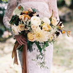 A lush fall wedding bouquet.