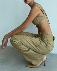 Khaki Pants, Aesthetic Clothes, Fitness, Green, Life, Outfits, Dresses, Style, Fashion