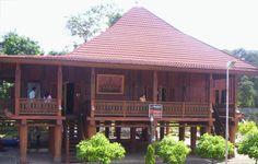 Rumah Adat di Indonesia nowou sesat