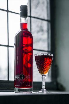 La distillerie de Biercée se lance dans la production d'amaro avec un Biercée Bitter plutôt bien balancé. A vos shakers!