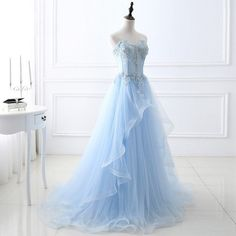 Elegant Light Blue Evening Dresses Sweetheart A line Floor Length Long Tulle Lace Applique Beading Women Formal Party Gowns Baby Blue Dresses, Blue Ball Gowns, Blue Evening Dresses, Light Blue Dresses, Quince Dresses, Sweet 16 Dresses, Pretty Dresses, Chiffon Dresses, Stunning Dresses