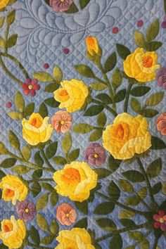 2015 Tokyo International Quilt Festival - appliqued yellow roses. Photo by Koala's Place.
