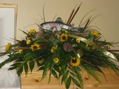 Hottest Screen Funeral Flowers fishing Style If you might be coordinating or perhaps participating, memorials are usually some sort of sad and in some case. Casket Flowers, Grave Flowers, Cemetery Flowers, Funeral Flowers, Silk Flowers, Funeral Floral Arrangements, Flower Arrangements, Cemetary Decorations, Funeral Caskets