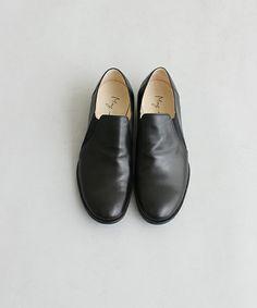relacher(ルラシェ)の【May】サイドエラスティックシューズ(ドレスシューズ) ブラック