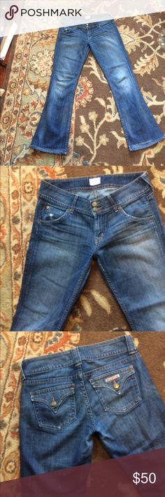 Hudson Signature Bootcut Perfect condition, made in USA! Inseam 29. Trades and offers always considered. Hudson Jeans Jeans Boot Cut