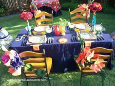 A Fun and festive Fiesta party table